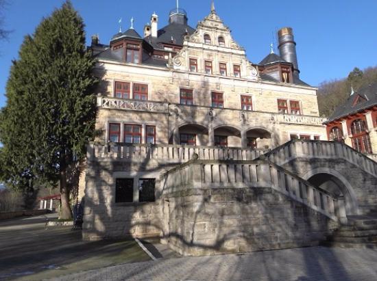 Schloss Hotel Wolfsbrunnen: Ansicht von Südost