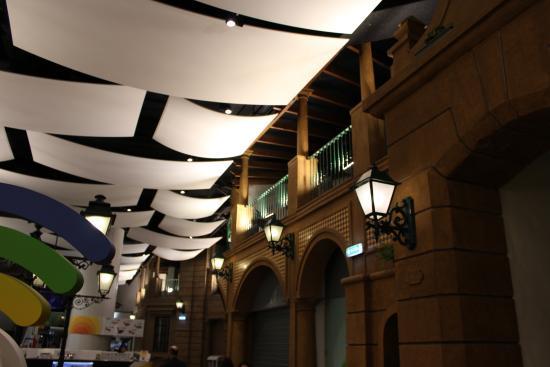 Via Catarina Shopping: Interior