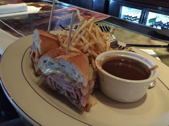 Great J Alexanderu0027s: Sandwich W/Brown Gravy