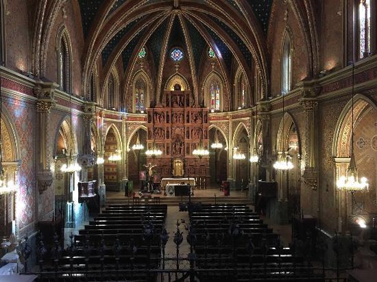 Retablo de la Iglesia - Picture of Fundacion Amantes de Teruel, Teruel - Trip...