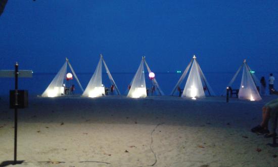 New Star Beach Resort: cena sulla spiaggia