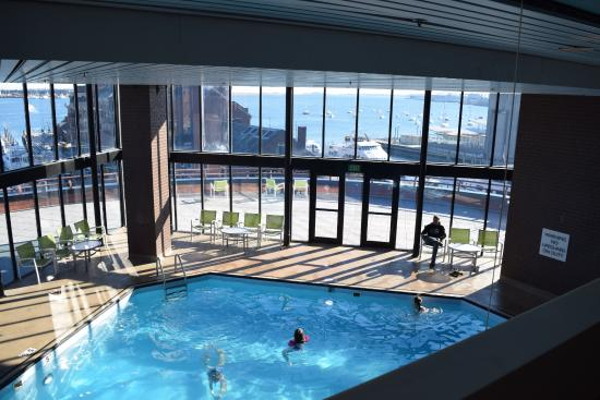 Boston Marriott Long Wharf: indoor pool