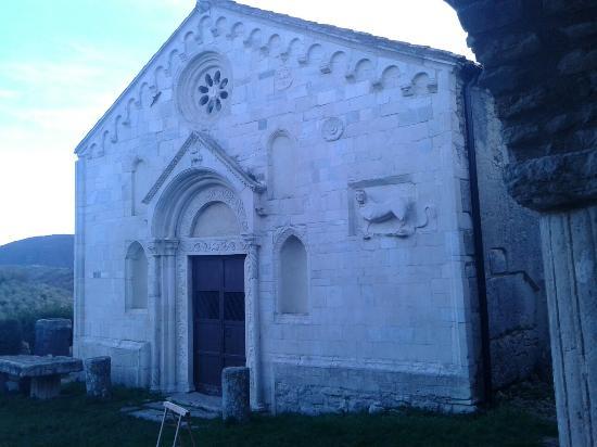 Monteleone Sabino, Włochy: Santuario Di Santa Vittoria