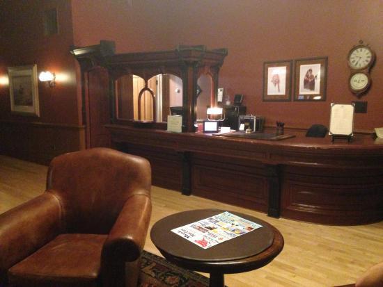 Fort Benton, MT : Grand Union Hotel Lobby