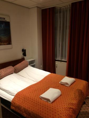 Saga Hotel: photo2.jpg