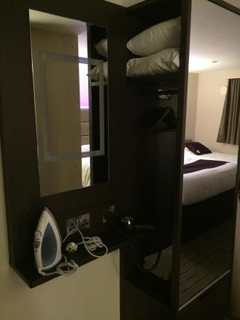 Premier Inn Wirral (Heswall) Hotel: photo2.jpg