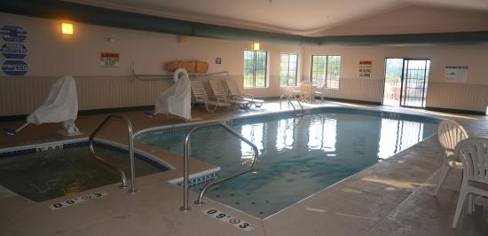 Mount Orab, OH: Indoor Pool and Hot Tub