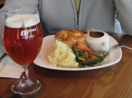 Kingsgate, UK: Steack and ale pie