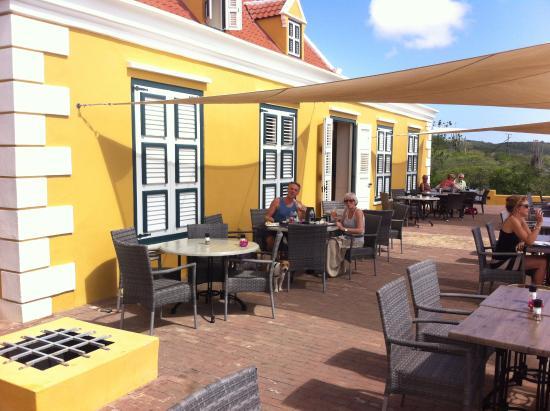 Ondergaande zon vanaf het terras foto van landhuis for Kleine boutique hotels