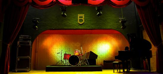 Bolshoi Pub
