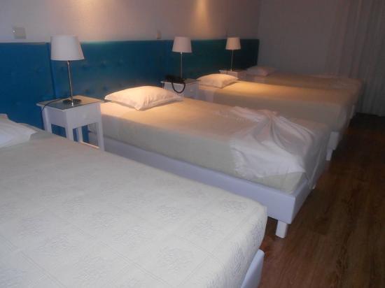 Hotel Porto Nobre: QUARTO FAMILIAR