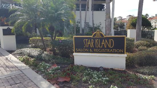 Star Island Resort's Star Bar