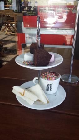 Tulips Cafe: High tea