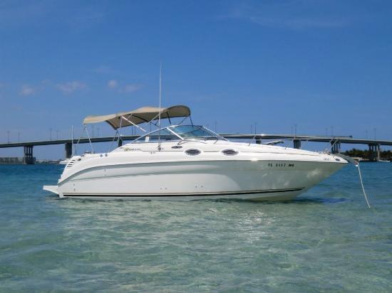 Yacht & boat