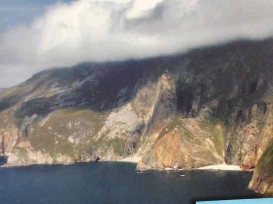 Pettigo, Irland: Slive leauge