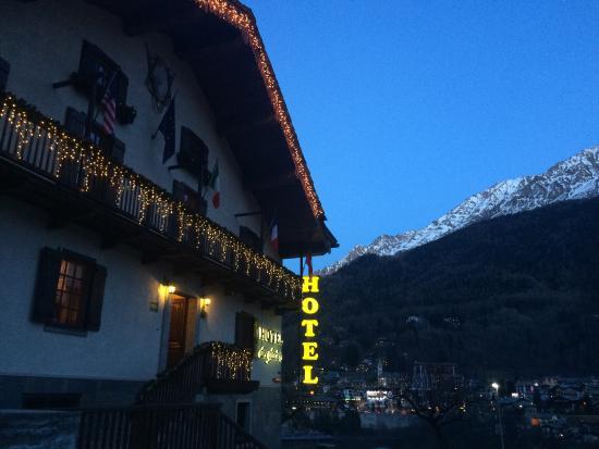 Hotel des Glaciers : Hotel con vista!