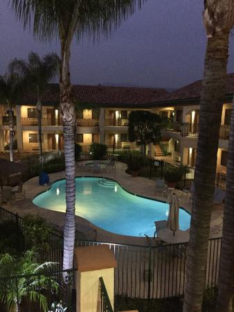 Best Western San Dimas Hotel & Suites: photo3.jpg