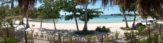 White Sand Bungalows: Blick aus der Hängematte