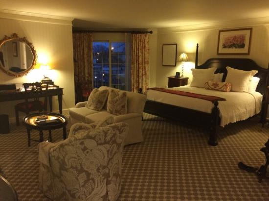 Old Saybrook, CT: A memorable room!