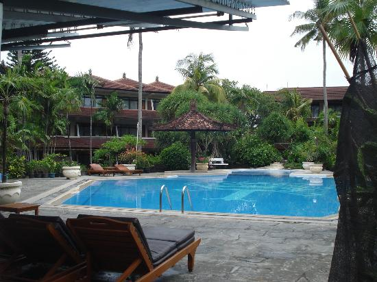 swimming pool picture of palm beach hotel bali kuta tripadvisor rh tripadvisor com sg