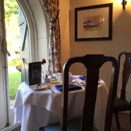Taychreggan Hotel: Intimate Dining