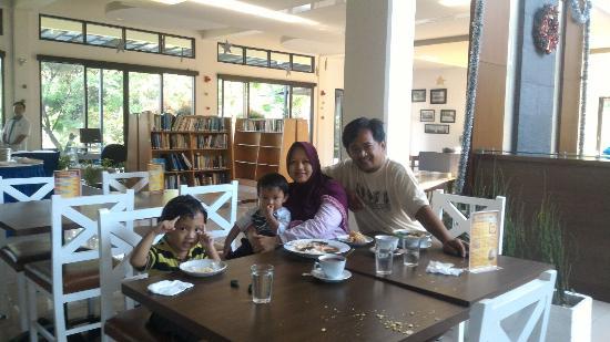 lorong kamar dorm b picture of pp university accommodation rh tripadvisor com