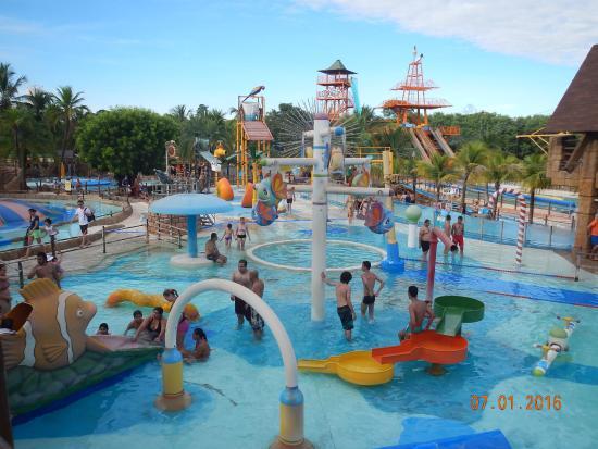 Parque infantil foto de thermas dos laranjais ol mpia for Piscina olimpia sabadell fotos