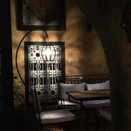 Riad du Petit Prince: evening embiance