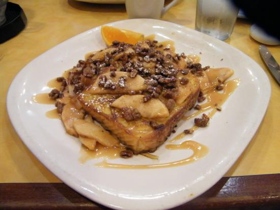 Bannockburn, IL: Yummy caramalized apples with pecans served over french toast