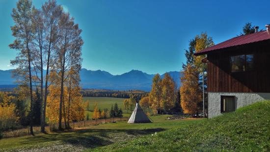 Goldenwood Lodge: View from Kicking Moose Lodge