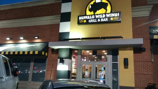 Buffalo Wild Wings Suncrest