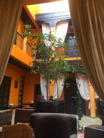 Riad Hermes: patio