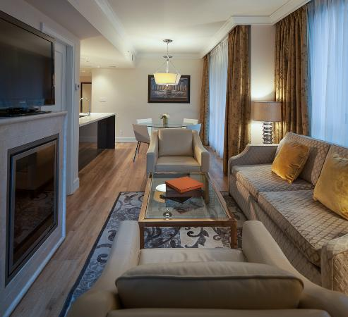 L'Hermitage Hotel: 2 Bedroom suite