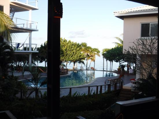 Laru Beya Resort & Villas: Quarterdeck Restaurant