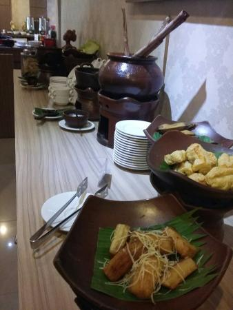 breakfast picture of the cube hotel yogyakarta region tripadvisor rh tripadvisor com au