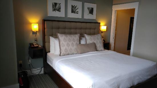 Inn at Ellis Square: 0115161537_large.jpg