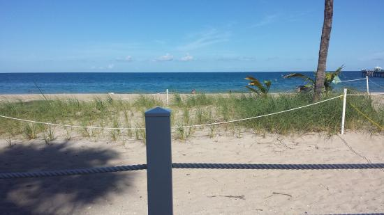 High Noon Beach Resort: photo6.jpg