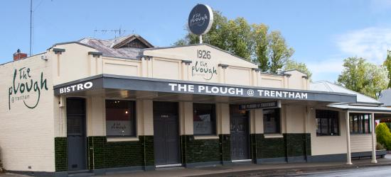 ‪The Plough at Trentham‬