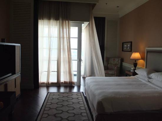 Eastern & Oriental Hotel: 房間