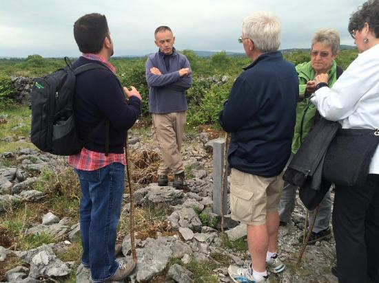 Kilfenora, Irlande : Tony sharing some wisdom, poetry, science, philosophy, etc.
