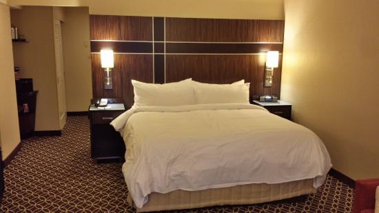 marquis deluxe guest room 1 king sofa bed picture of new york rh tripadvisor ca