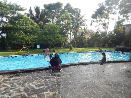 foto 4 picture of pp university accommodation puncak tripadvisor rh tripadvisor com