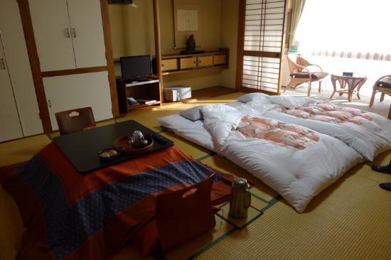 Yamazakiya Ryokan : Bedroom