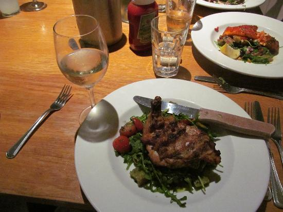 Stinson Beach, CA: Tuscan chicken $19