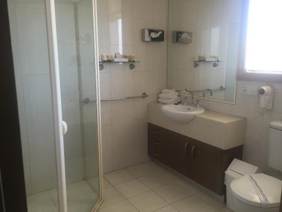 Club Motor Inn: bathroom