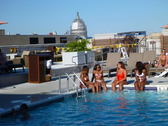 the rooftop pool and the bar beyond picture of holiday inn rh tripadvisor ie