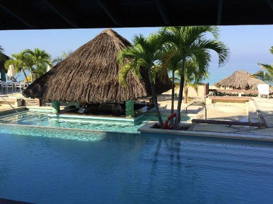 pool and pool bar picture of couples swept away negril tripadvisor rh tripadvisor ie