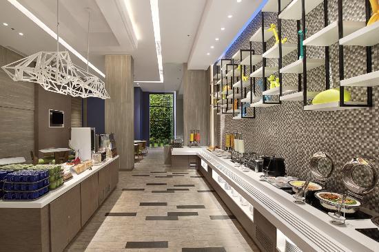 buffet breakfast at holiday inn express jakarta wahid hasyim rh tripadvisor co za