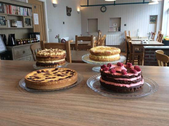 Barton-upon-Humber, UK: Selection of cakes