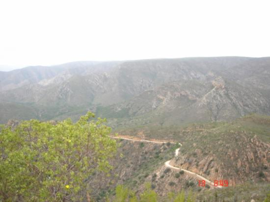 Eastern Cape, Sør-Afrika: A view of the Baviaanskloof pass